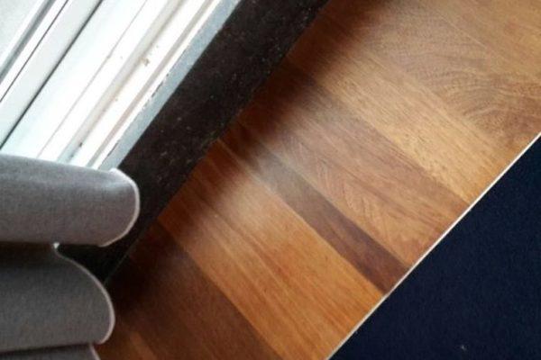 Houten vloer na reparatie